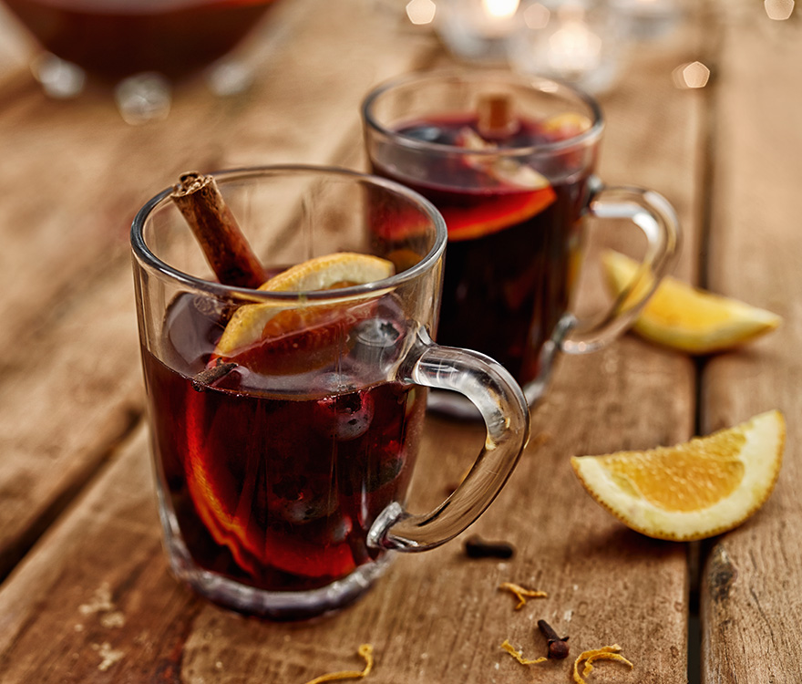Simple and easy Mulled Wine recipe! (gluhwein or warm wine) Ideal for ...